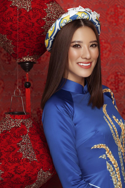 Á hậu Hoàng My tái xuất xinh đẹp với áo dài Tết, đọ sắc bên Khánh Vân - Kim Duyên ảnh 7
