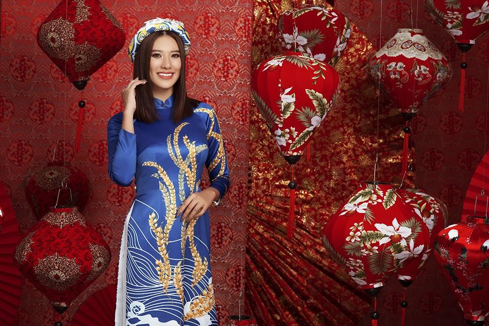 Á hậu Hoàng My tái xuất xinh đẹp với áo dài Tết, đọ sắc bên Khánh Vân - Kim Duyên ảnh 8