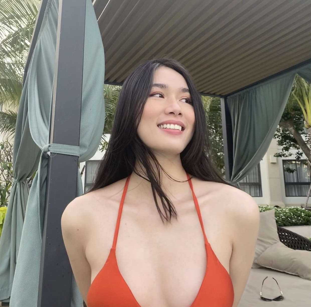 Minh Tú hoá 'nữ thần Cupid' nóng bỏng, Á hậu Phương Anh 'đốt mắt' fans với áo tắm quyến rũ ảnh 4