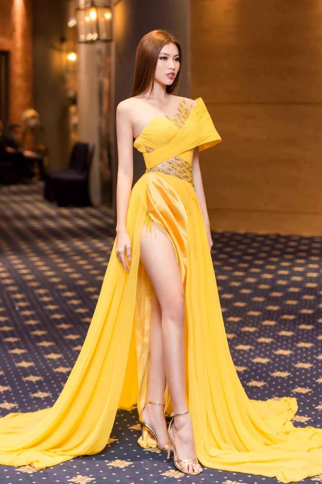 Gam màu vàng sang chảnh đích thị là màu 'phong thuỷ' của Á hậu Ngọc Thảo ở Miss Grand 2021 ảnh 5