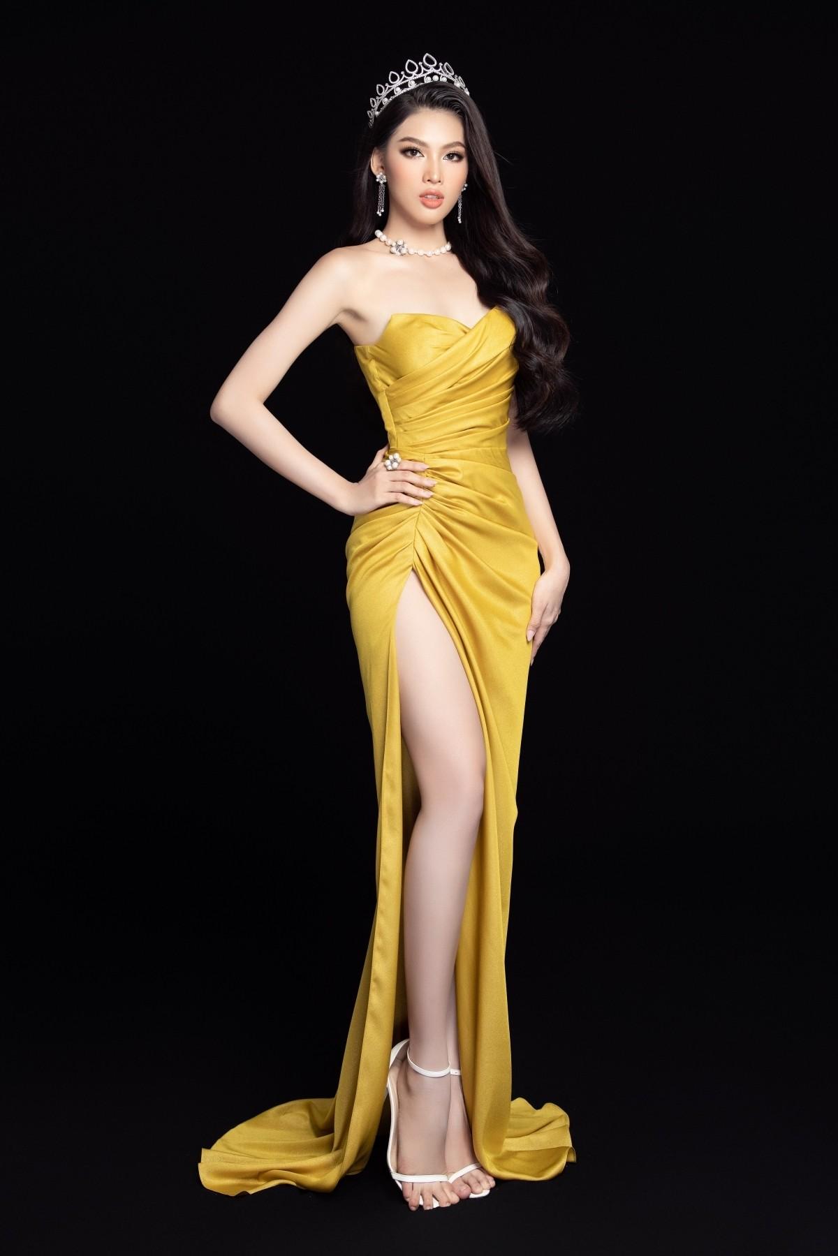 Gam màu vàng sang chảnh đích thị là màu 'phong thuỷ' của Á hậu Ngọc Thảo ở Miss Grand 2021 ảnh 1