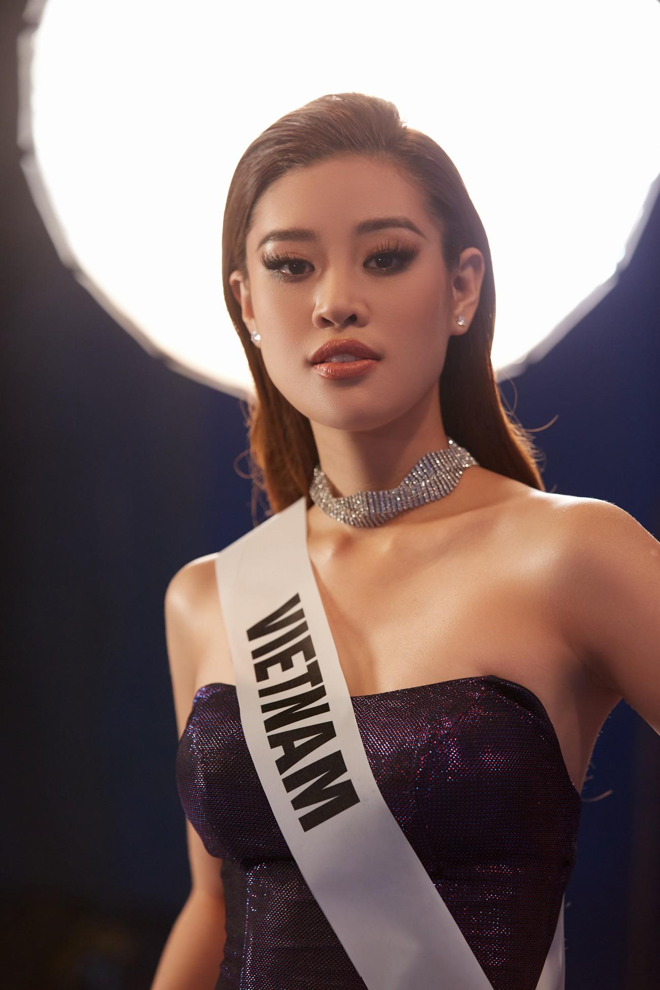 Khánh Vân 'chơi trội' với 5 lay-out nổi bật, quyết tâm 'gây bão' tại Miss Universe 2021 ảnh 12