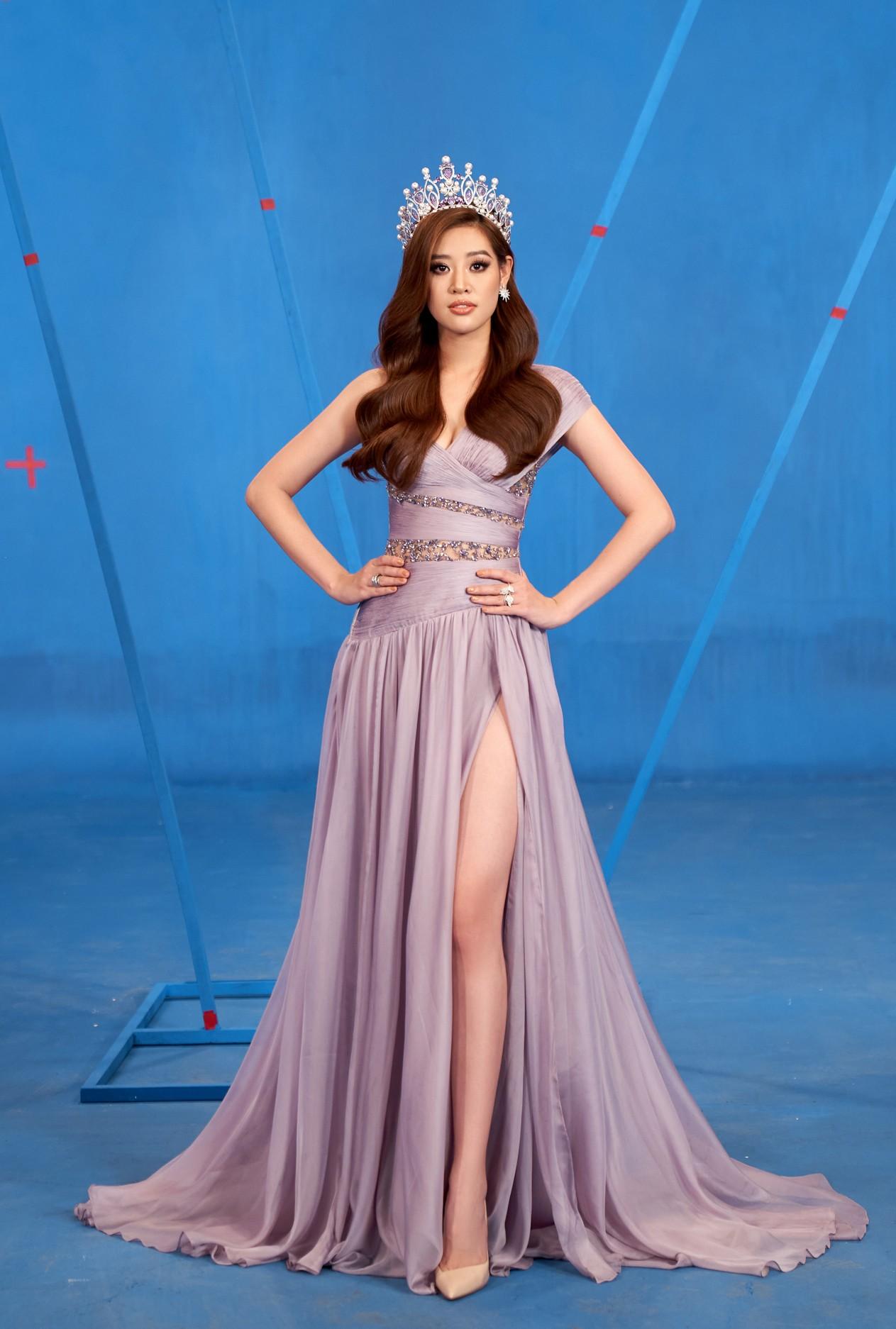 Khánh Vân 'chơi trội' với 5 lay-out nổi bật, quyết tâm 'gây bão' tại Miss Universe 2021 ảnh 9