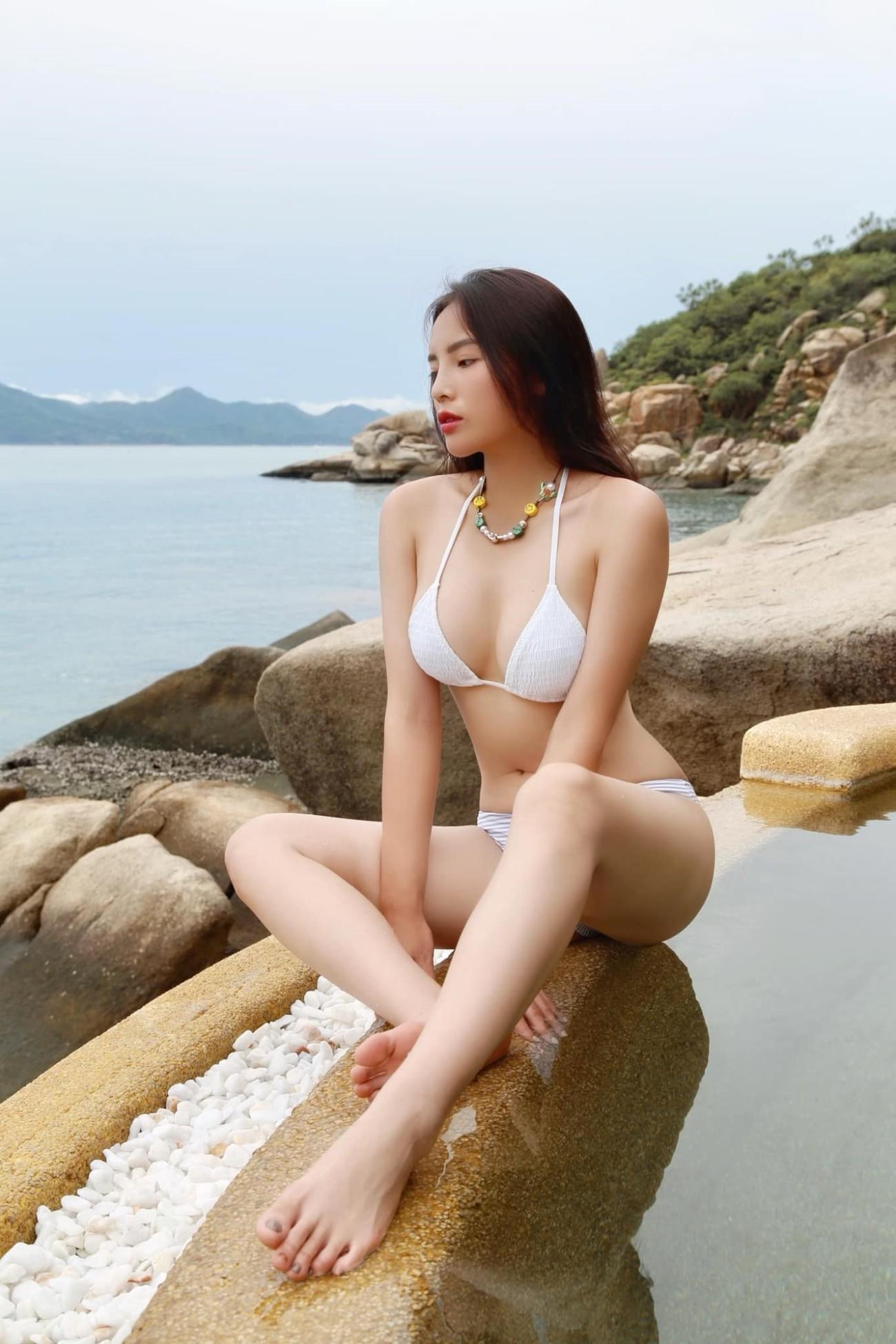 Sắc vóc nóng bỏng của các 'Người đẹp Biển' của Hoa hậu Việt Nam qua một thập kỷ ảnh 15