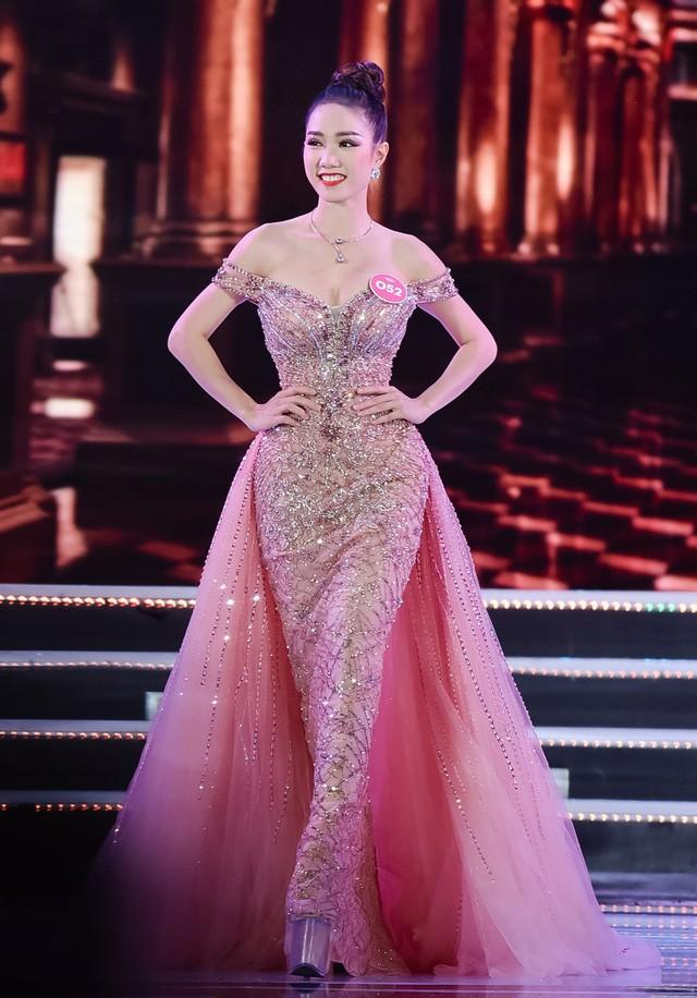 Nhan sắc các người đẹp giành giải 'Gương mặt đẹp nhất' tại Hoa hậu Việt Nam giờ ra sao? ảnh 1