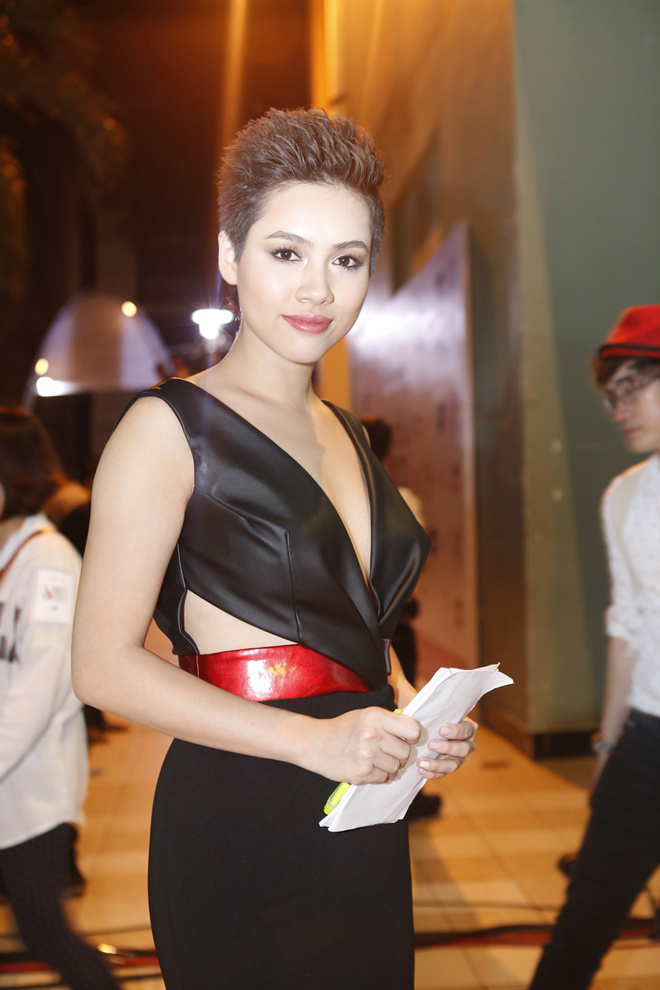Á hậu duy nhất 'chinh chiến' cả Miss World và Miss Universe giờ thế nào? ảnh 9