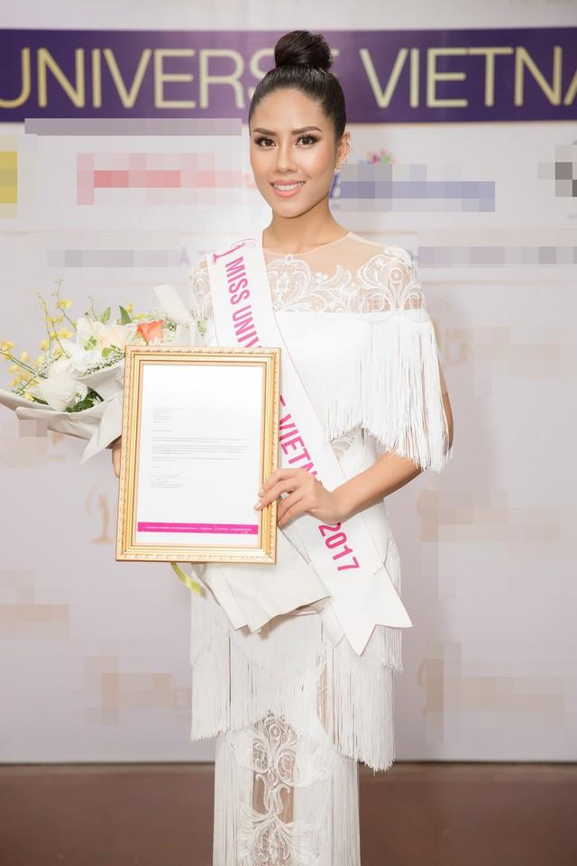 Nguyễn Thị Loan - Người đẹp nắm kỷ lục 'chinh chiến' nhan sắc quốc tế ra sao ở tuổi 31? ảnh 13