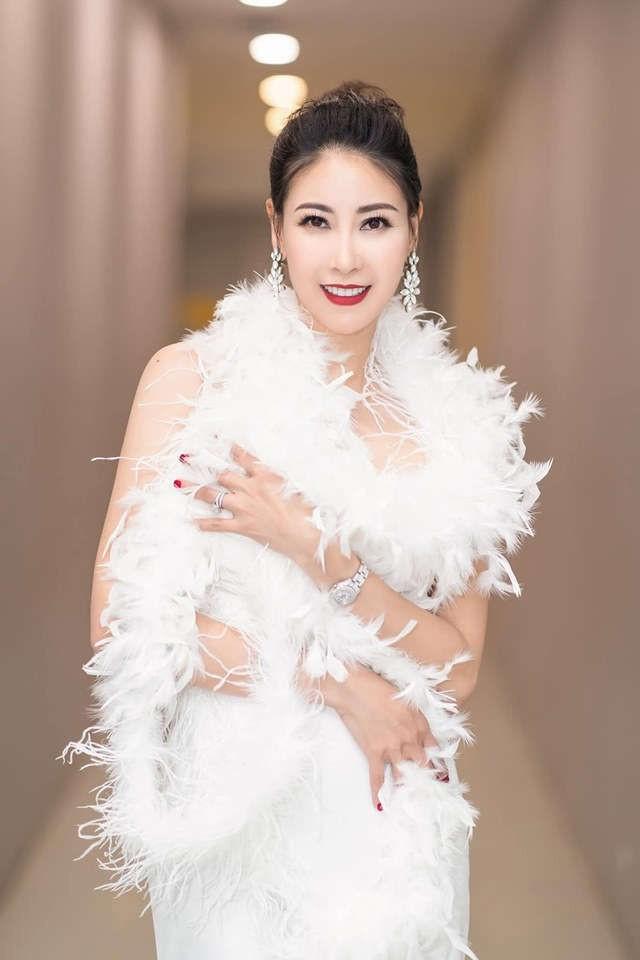 Sự nghiệp đáng nể của những 'Người đẹp ứng xử hay nhất' tại Hoa hậu Việt Nam ảnh 18