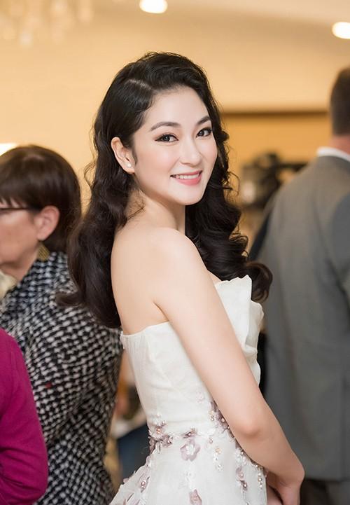 Sự nghiệp đáng nể của những 'Người đẹp ứng xử hay nhất' tại Hoa hậu Việt Nam ảnh 8