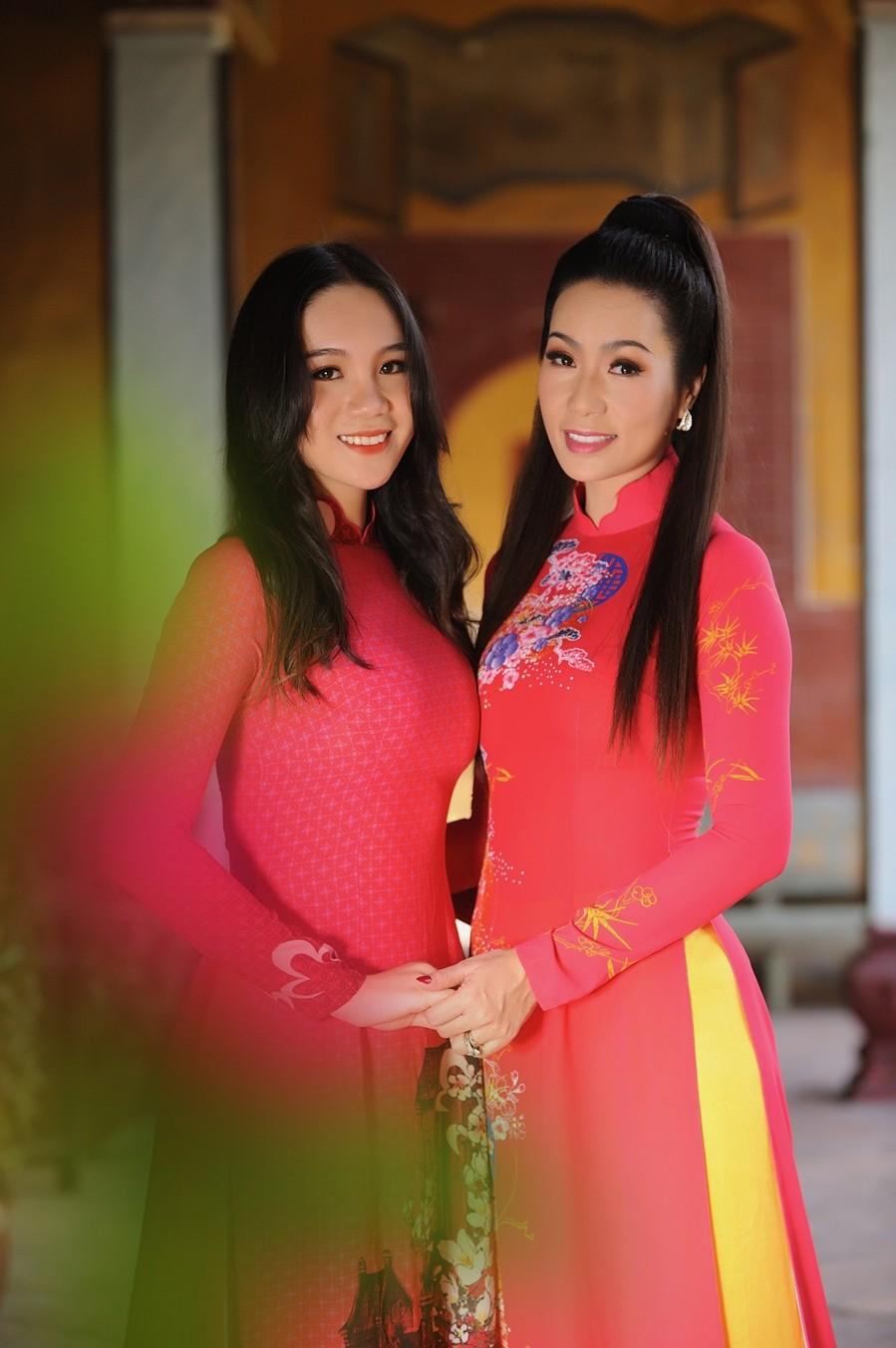 Sự nghiệp đáng nể của những 'Người đẹp ứng xử hay nhất' tại Hoa hậu Việt Nam ảnh 15