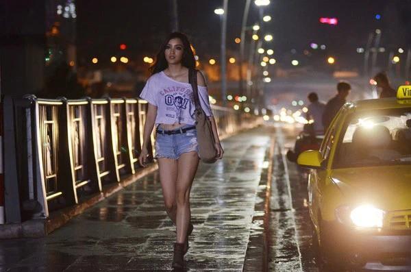 Huỳnh Bích Phương - Người đẹp được yêu thích nhất Hoa hậu Việt nam 2010 giờ ra sao? ảnh 11