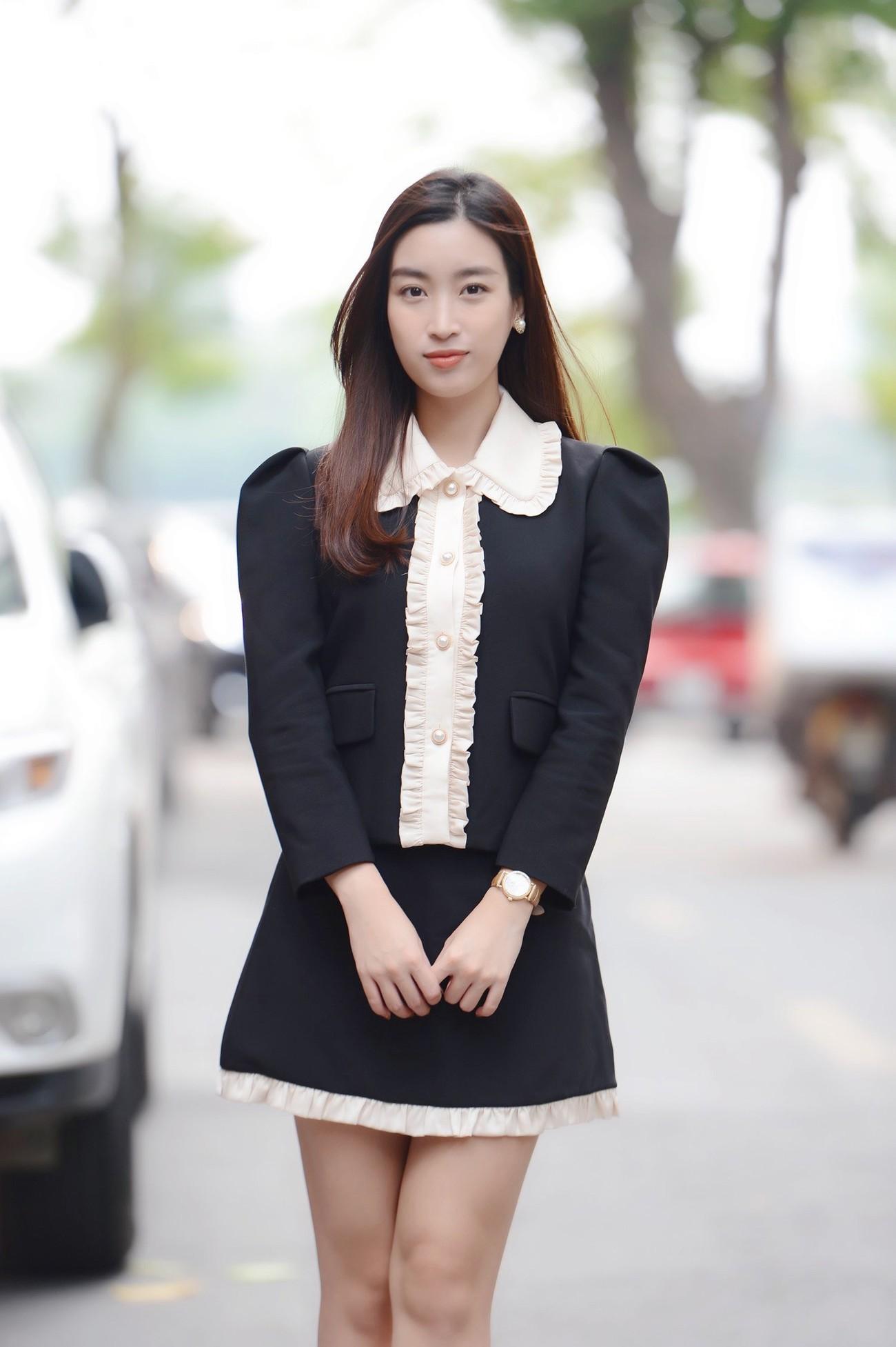 Dàn Hoa, Á hậu đọ sắc xinh đẹp tại họp báo Tiền Phong Marathon 2021 ảnh 2