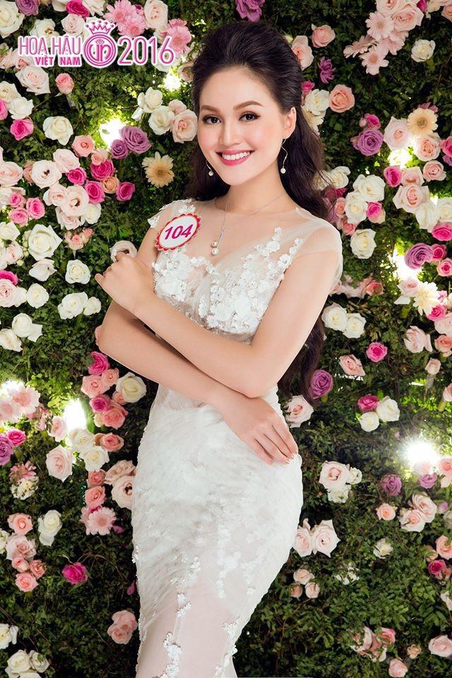 Hai người đẹp hiếm hoi giành giải 'Mặc trang phục dạ hội đẹp nhất' tại Hoa hậu Việt Nam ảnh 1