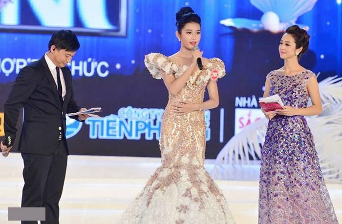 Hai người đẹp hiếm hoi giành giải 'Mặc trang phục dạ hội đẹp nhất' tại Hoa hậu Việt Nam ảnh 10