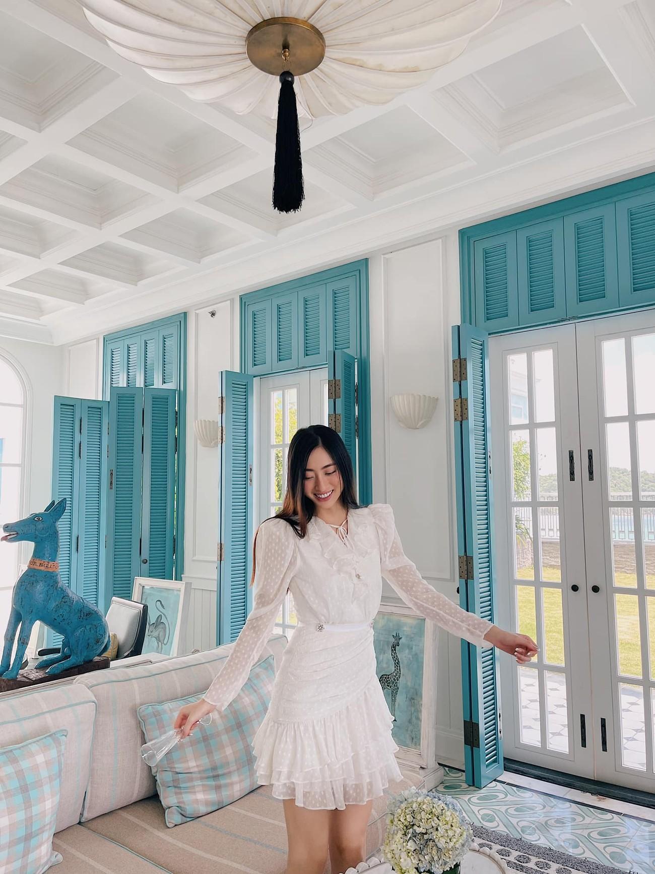 Đỗ Thị Hà xinh đẹp với trang phục lạ mắt, Á hậu Phương Anh sexy với bikini ảnh 5