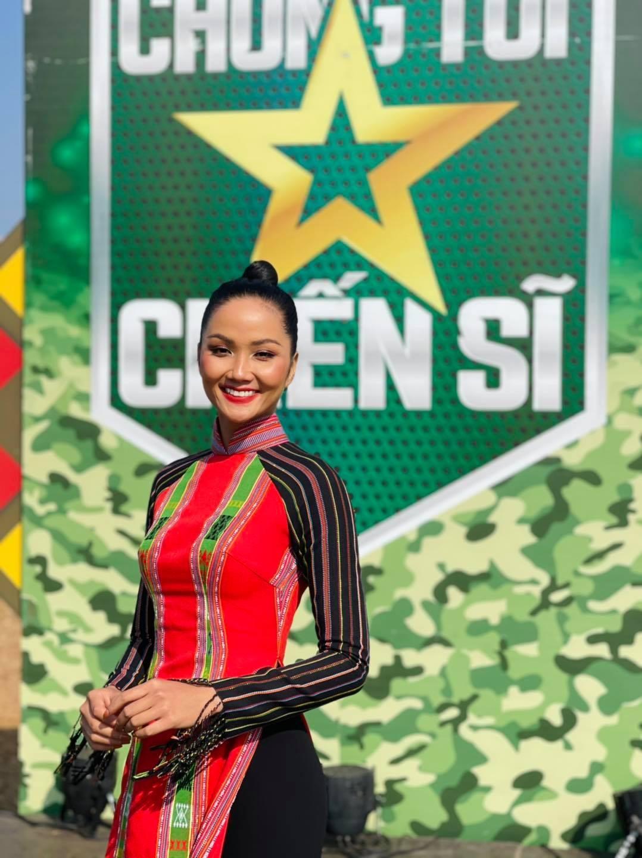 Đỗ Thị Hà xinh đẹp với trang phục lạ mắt, Á hậu Phương Anh sexy với bikini ảnh 8