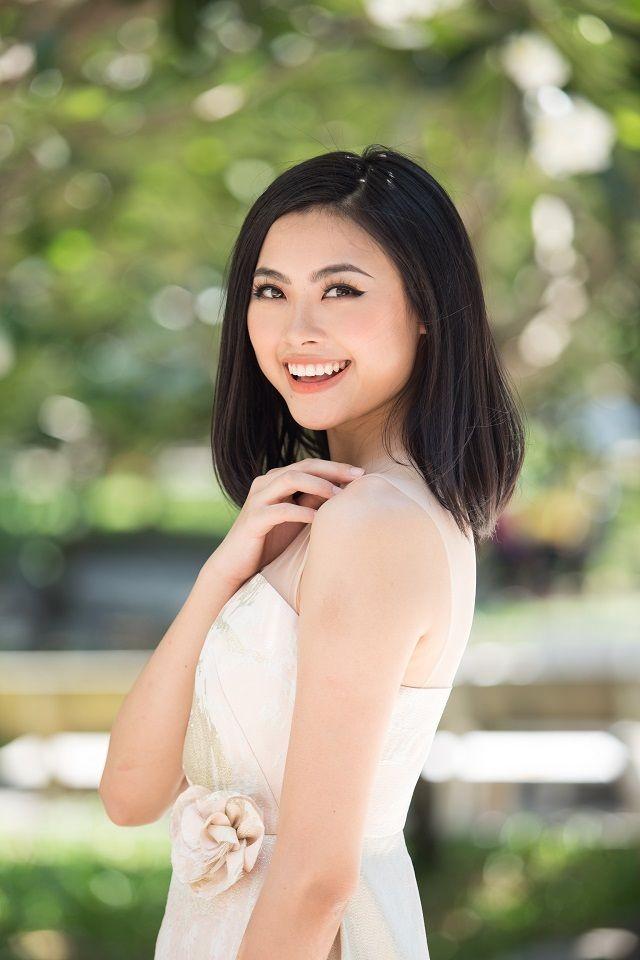 Nhan sắc những người đẹp Hoa hậu Việt Nam được ví là 'bản sao' của người nổi tiếng ảnh 16