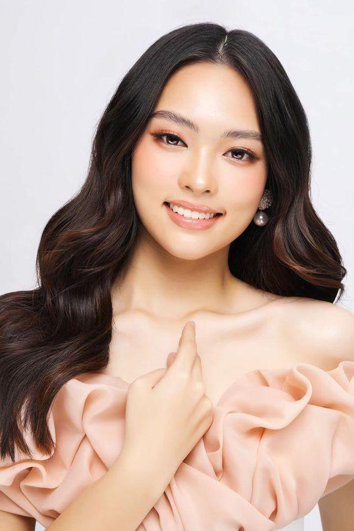 Nhan sắc những người đẹp Hoa hậu Việt Nam được ví là 'bản sao' của người nổi tiếng ảnh 1