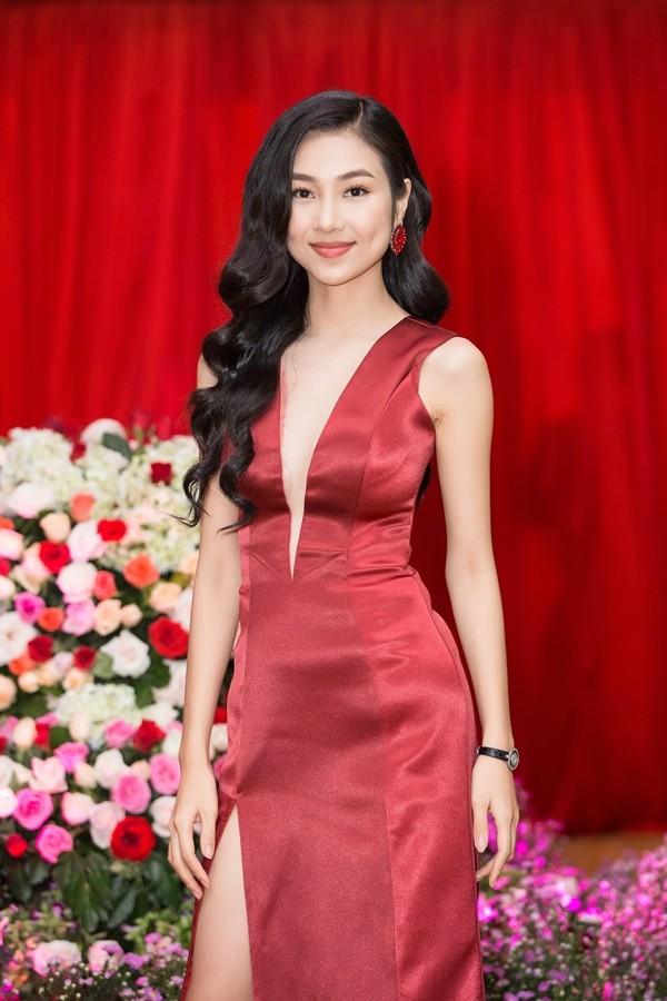 'Nàng thơ xứ Quảng' Bùi Nữ Kiều Vỹ từng dự thi Hoa hậu Việt Nam 2016 giờ ra sao? ảnh 11