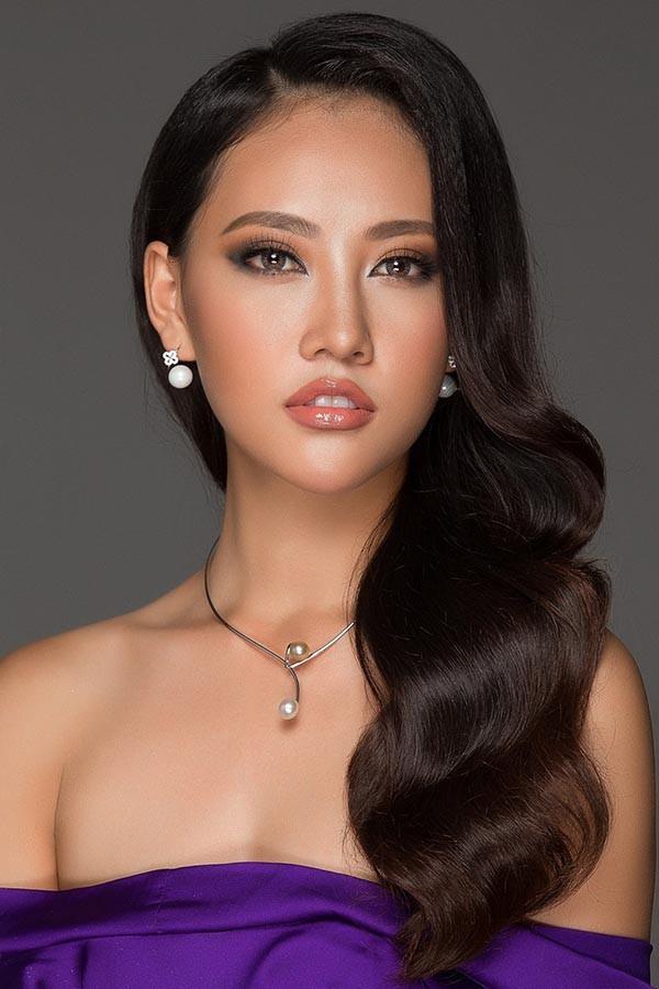 Vẻ đẹp mong manh tựa sương mai của những 'nàng thơ xứ Huế' từng thi Hoa hậu Việt Nam ảnh 12