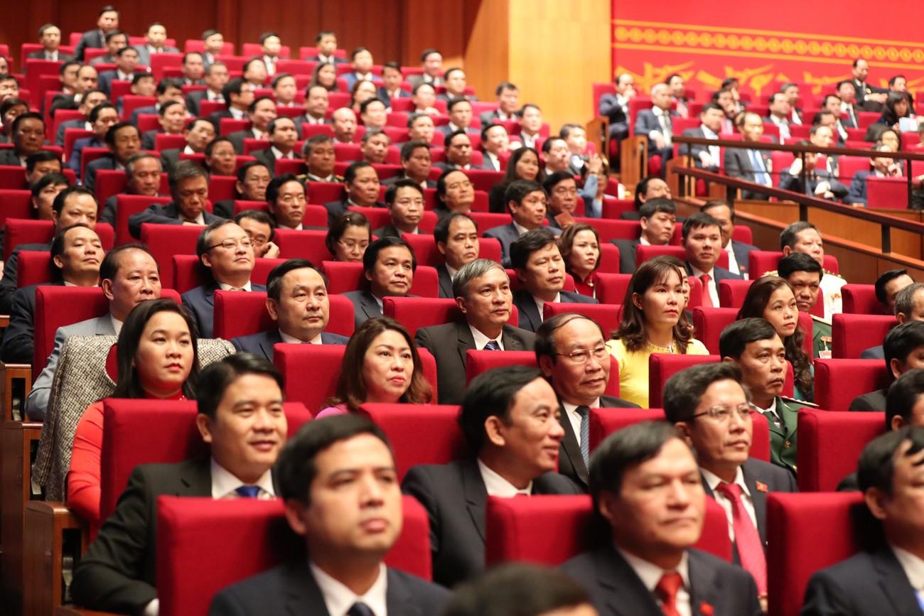Tổng Bí thư, Chủ tịch nước cùng các đại biểu trong phiên họp trù bị Đại hội XIII của Đảng ảnh 9