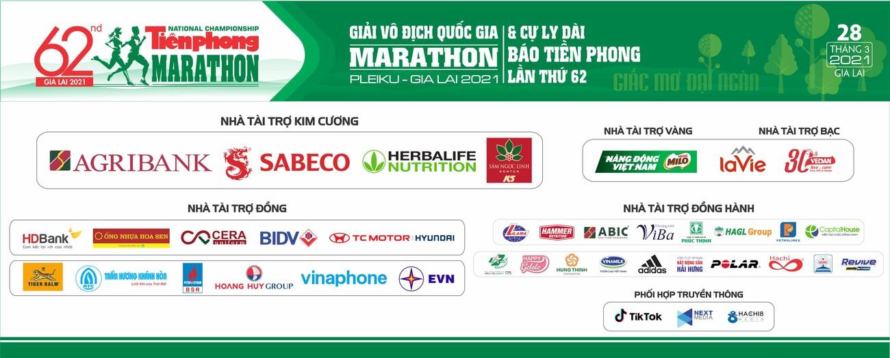 Hoa hậu Trần Tiểu Vy đẹp gây mê trên đường chạy Tiền phong Marathon ảnh 35