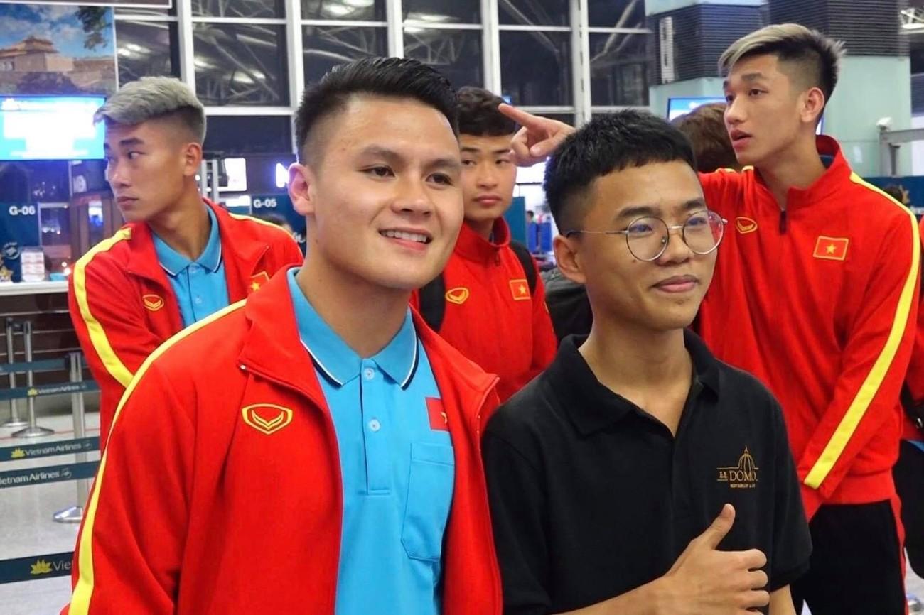 U23 Việt Nam sang Hàn Quốc tập huấn lúc nửa đêm ảnh 4