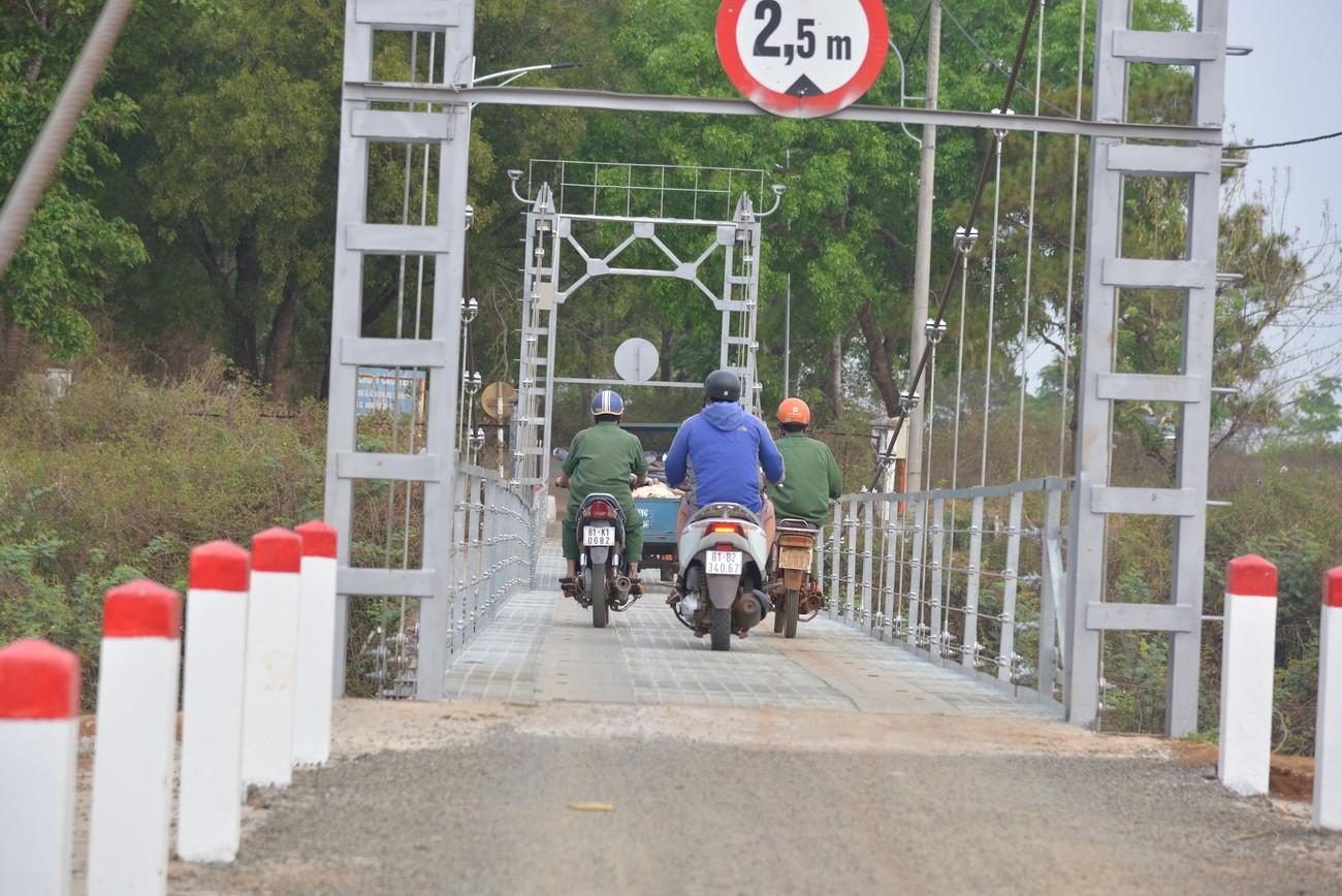Cây cầu treo độc đáo trên đường chạy Tiền Phong Marathon 2021 ảnh 8