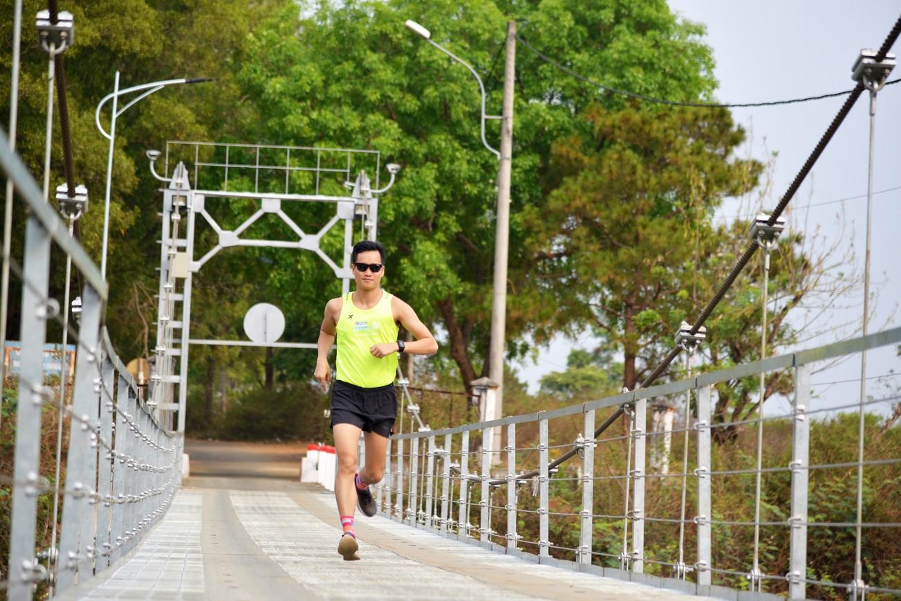 Cây cầu treo độc đáo trên đường chạy Tiền Phong Marathon 2021 ảnh 4