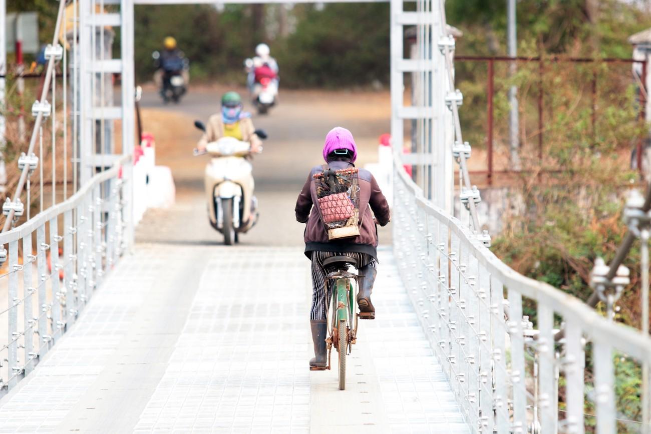 Cây cầu treo độc đáo trên đường chạy Tiền Phong Marathon 2021 ảnh 7
