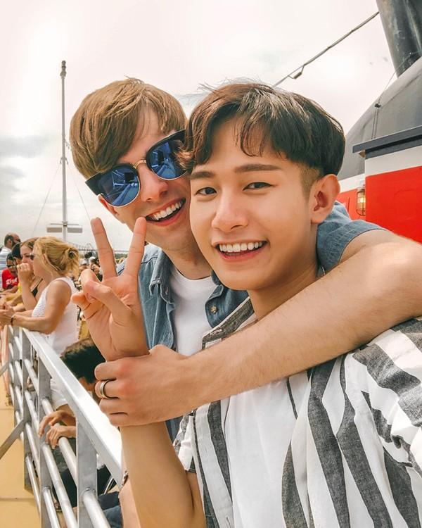 Tình yêu 5 năm của 2 chàng trai Canada - Hàn Quốc thu hút hơn 300K lượt followers trên MXH ảnh 7