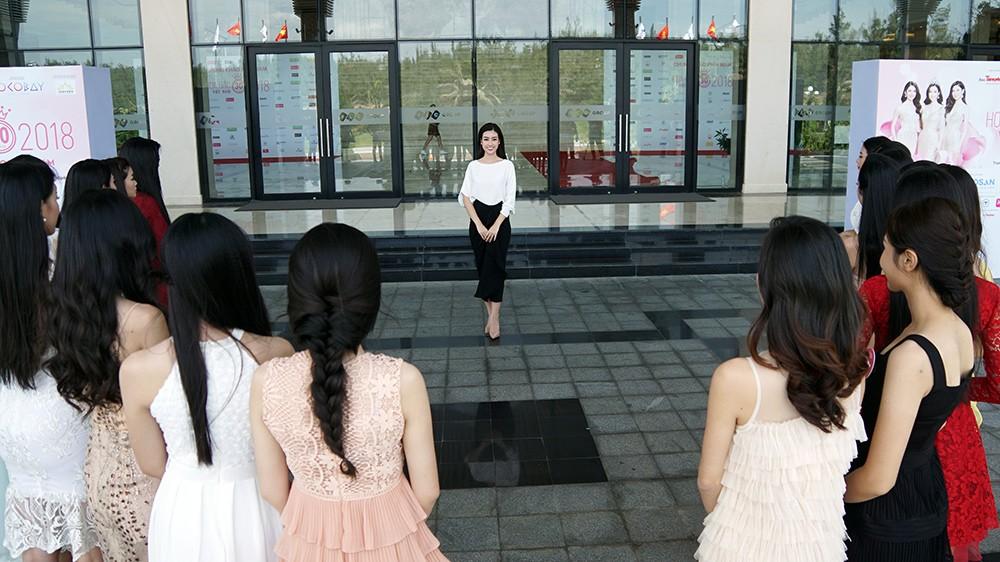 Thí sinh phía Nam HHVN 2018 bắt đầu hành trình nhân ái ảnh 9
