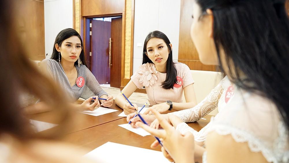 Thí sinh phía Nam HHVN 2018 bắt đầu hành trình nhân ái ảnh 13