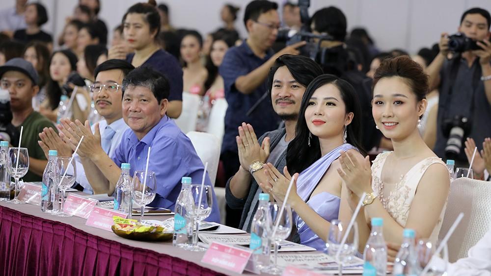Toàn cảnh họp báo Chung kết Hoa hậu Việt Nam 2018 ảnh 8