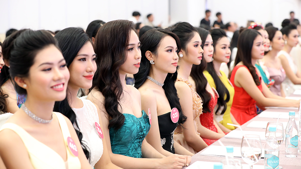 Toàn cảnh họp báo Chung kết Hoa hậu Việt Nam 2018 ảnh 9