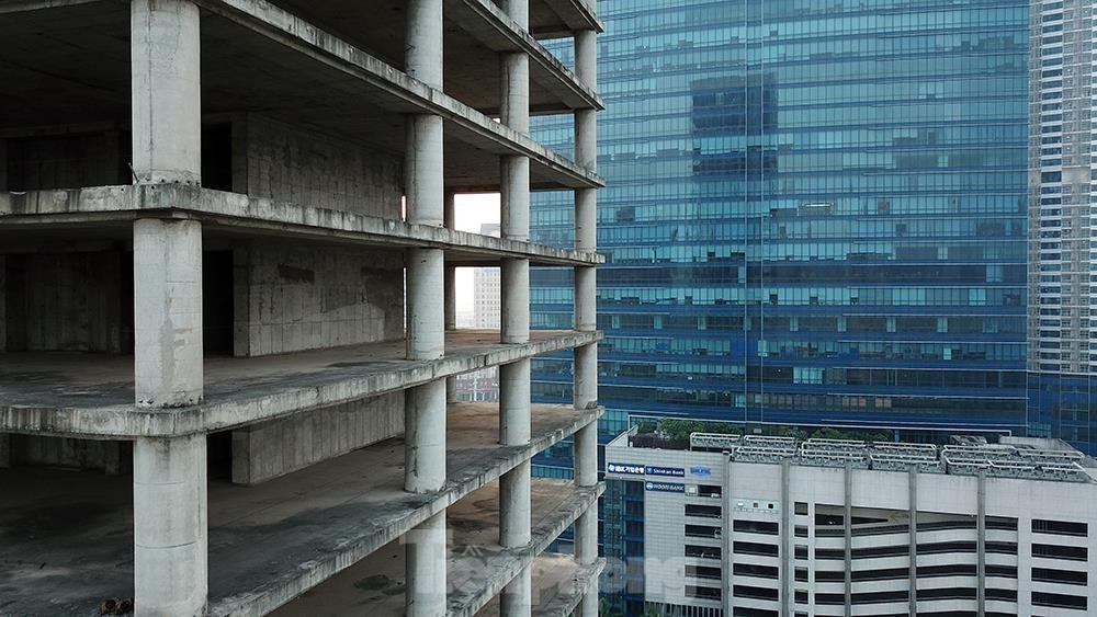 Nhìn gần tháp nghìn tỷ bị bỏ hoang lâu năm đang xin bán tại Hà Nội ảnh 11