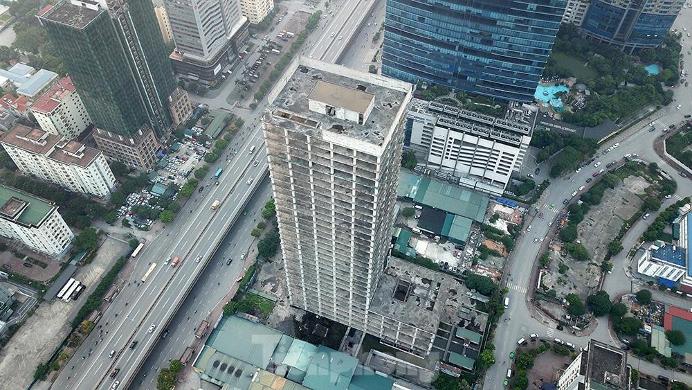 Nhìn gần tháp nghìn tỷ bị bỏ hoang lâu năm đang xin bán tại Hà Nội ảnh 14