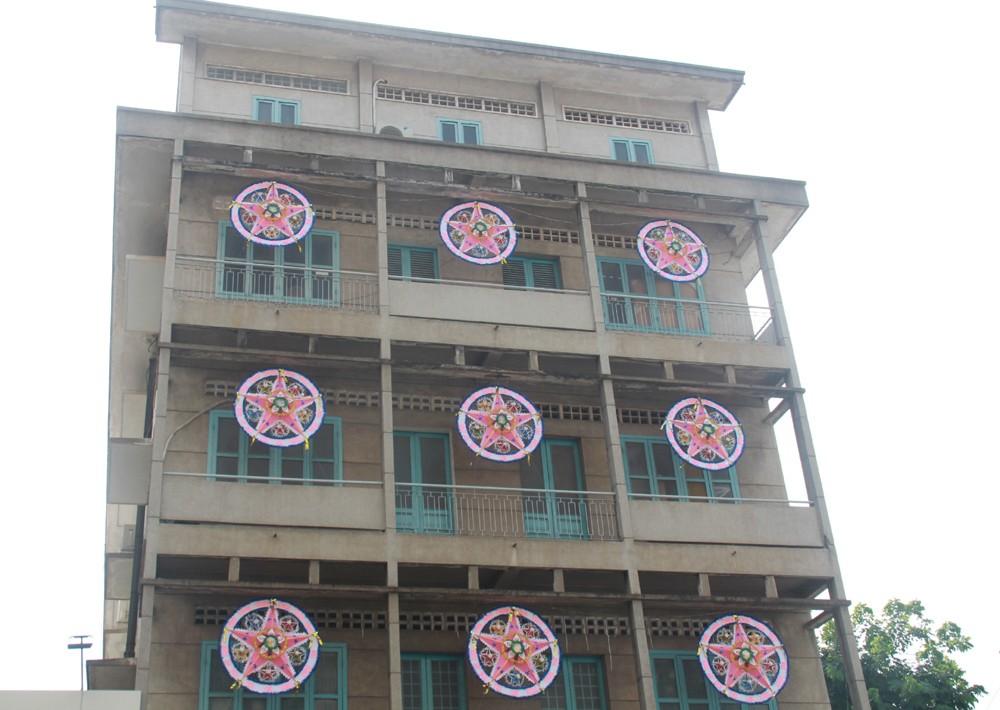Phố Sài Gòn lung linh đón Giáng sinh ảnh 8