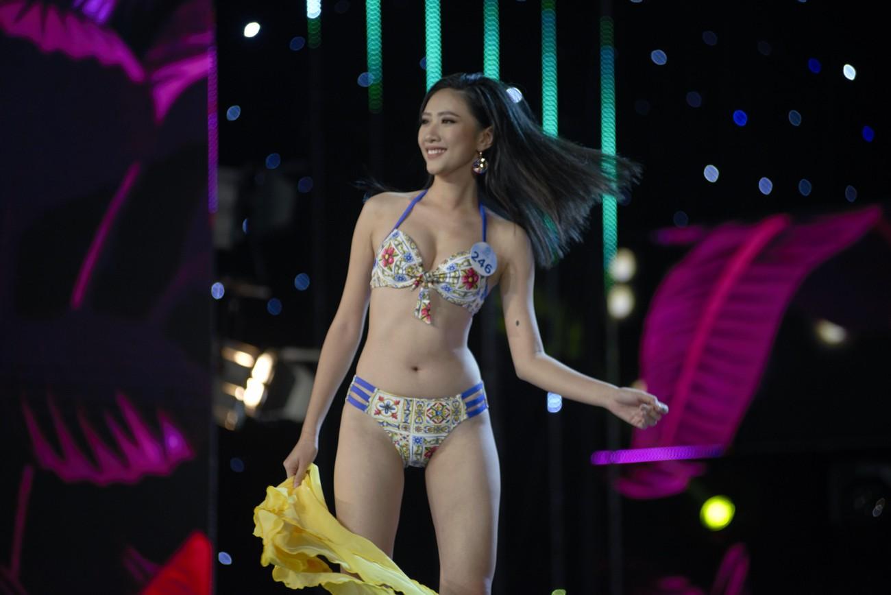 Hình ảnh ấn tượng tại đêm Chung khảo phía Nam Miss World Vietnam 2019 ảnh 8