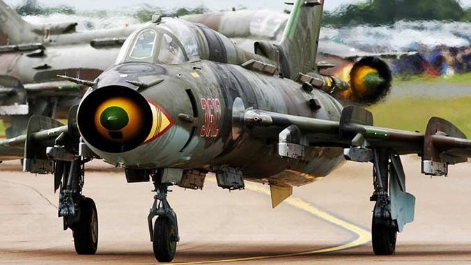 Quốc gia nào đang dùng máy bay Su-22 giống Việt Nam? ảnh 1