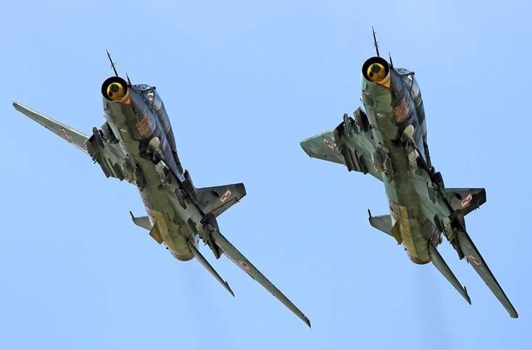 Quốc gia nào đang dùng máy bay Su-22 giống Việt Nam? ảnh 3