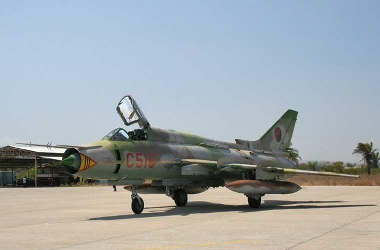 Quốc gia nào đang dùng máy bay Su-22 giống Việt Nam? ảnh 4