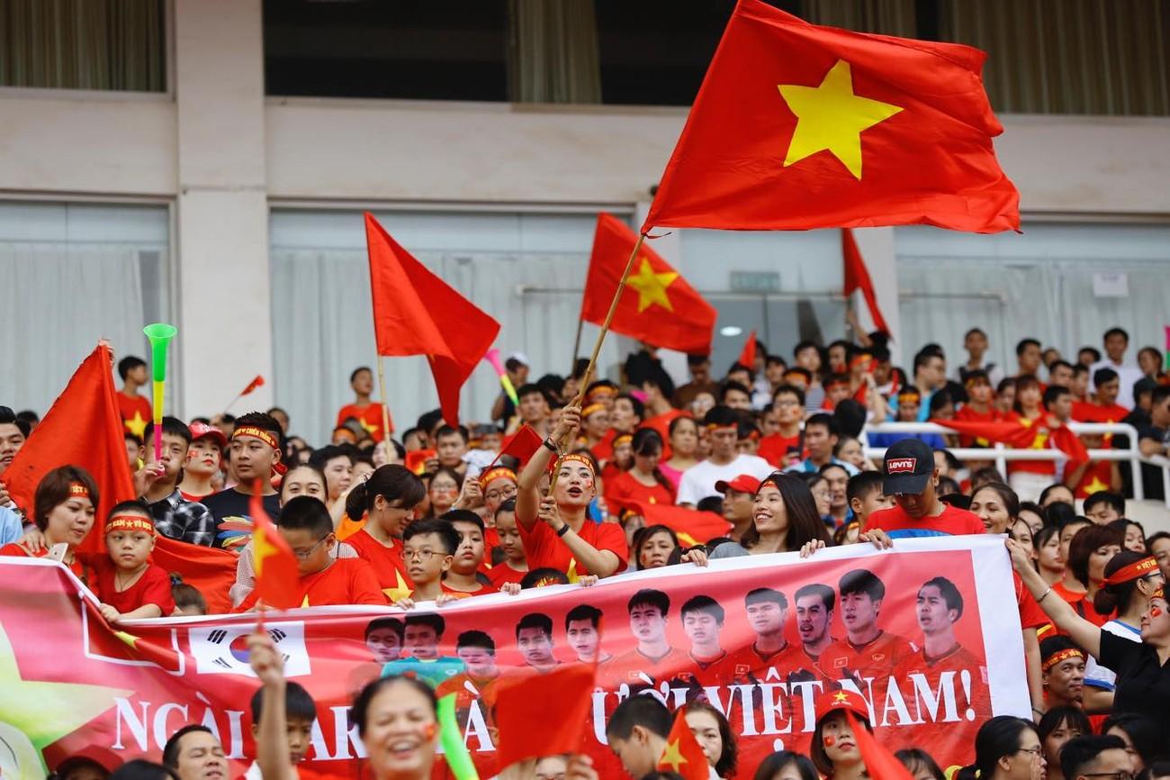'Bay' trên sân Mỹ Đình trong ngày mừng công Thể thao Việt Nam ảnh 11