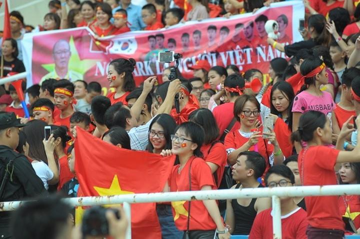 'Bay' trên sân Mỹ Đình trong ngày mừng công Thể thao Việt Nam ảnh 16