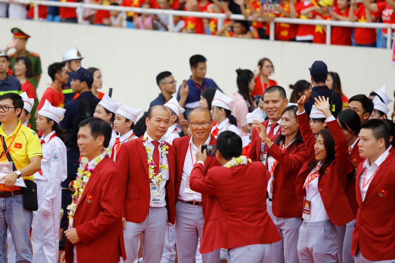 'Bay' trên sân Mỹ Đình trong ngày mừng công Thể thao Việt Nam ảnh 17