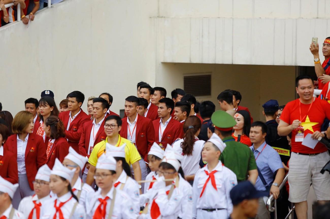 'Bay' trên sân Mỹ Đình trong ngày mừng công Thể thao Việt Nam ảnh 18