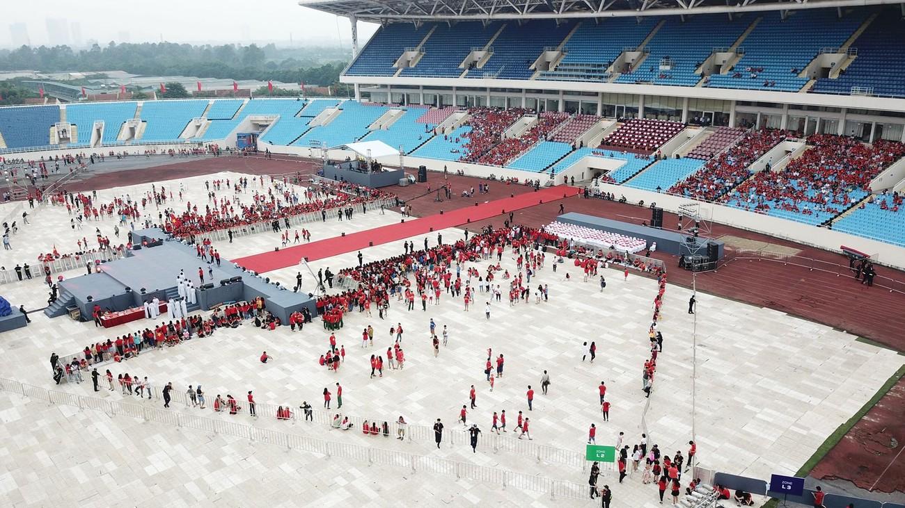 'Bay' trên sân Mỹ Đình trong ngày mừng công Thể thao Việt Nam ảnh 5
