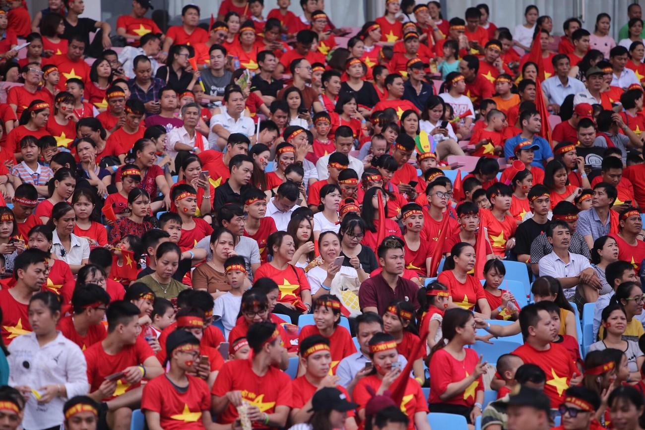 'Bay' trên sân Mỹ Đình trong ngày mừng công Thể thao Việt Nam ảnh 9
