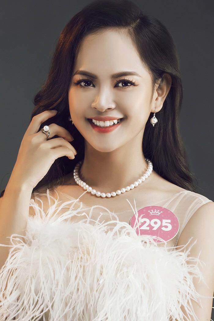 Thí sinh HHVN 2018 diện đầm dạ hội, đeo trang sức ngọc trai đẳng cấp ảnh 37