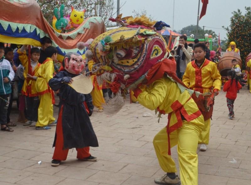 Về Triều Khúc xem trai làng giả gái múa Bồng ảnh 14